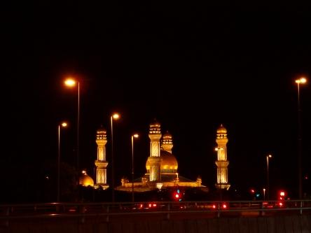Jame'asr Hassanil Bolkiah Mosque from afar